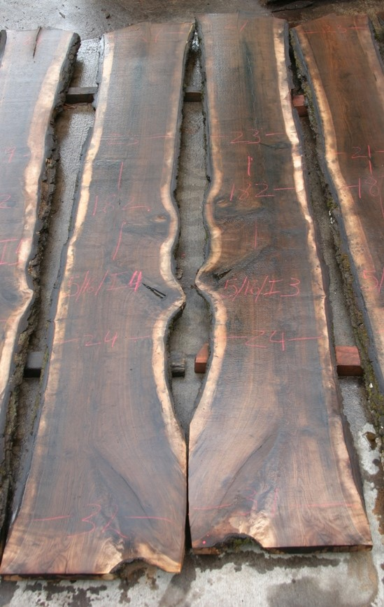 https://slabs.jewellhardwoods.com/walnut-black-516i3-i4